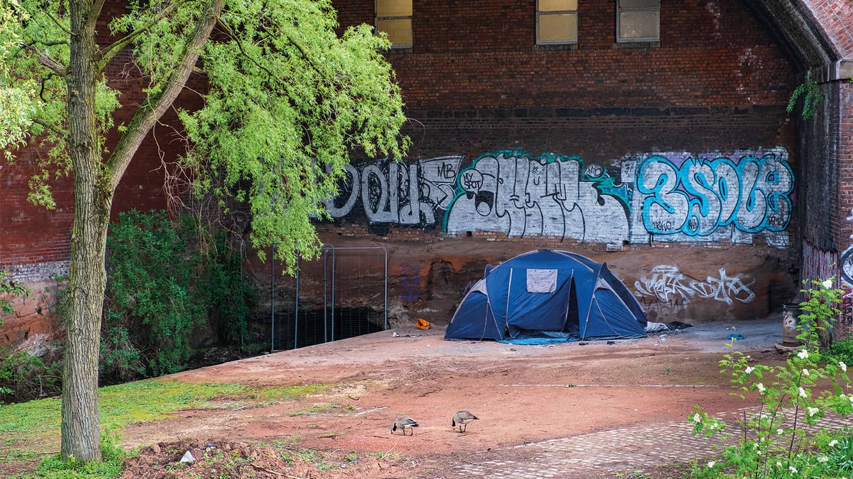 Rough sleeping tents