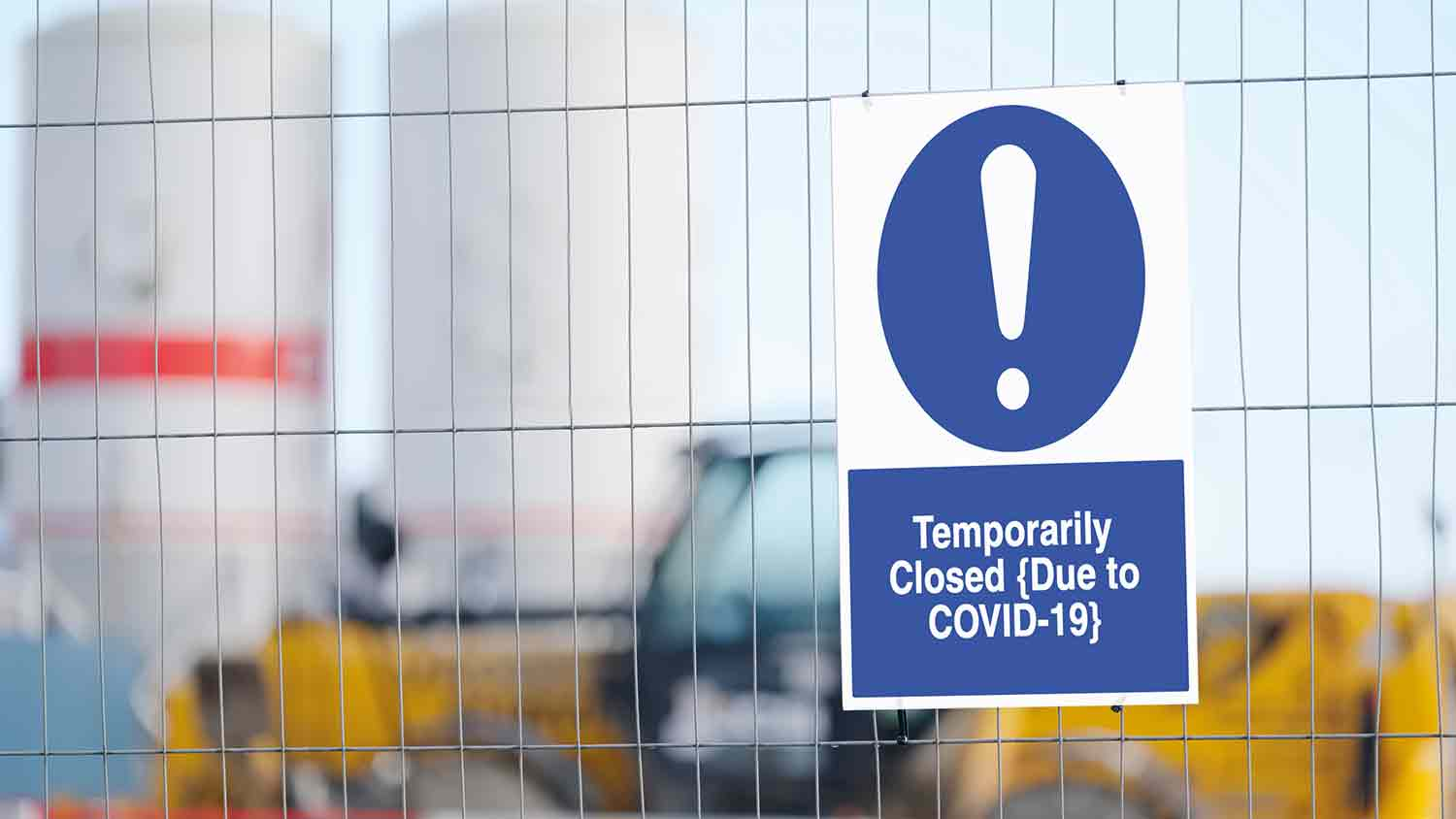 Sign reading 'Temporarily closed due to covid-19'